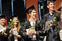 La remise des diplômes au Collège Sainte-Croix