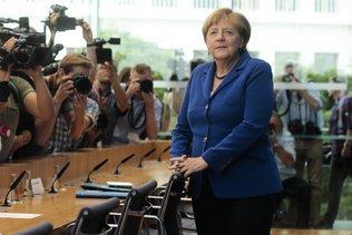 Remise en cause l'accueil des réfugiés rejetée par Merkel
