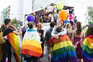3000 personnes ont répondu à l'appel de la Pride