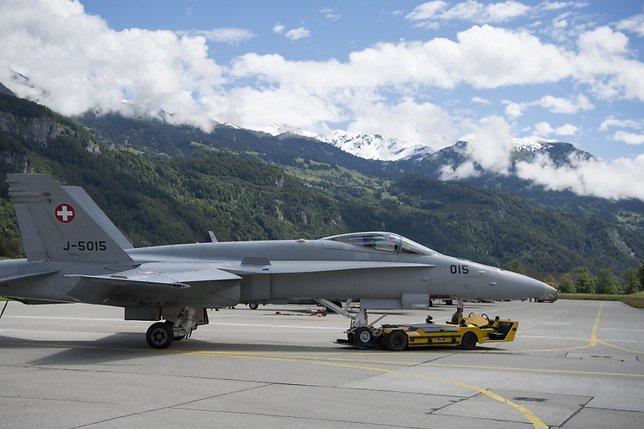 Le F/A-18 toujours porté disparu