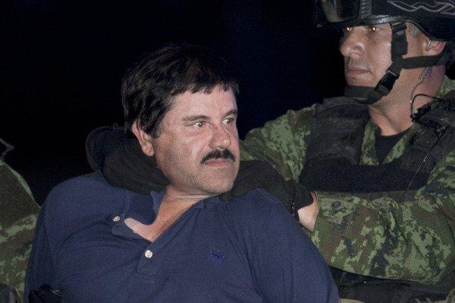 """L'extradition du baron de la drogue """"El Chapo"""" se précise"""