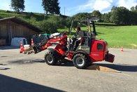 Les tracteurs font du gymkhana à Grandvillard