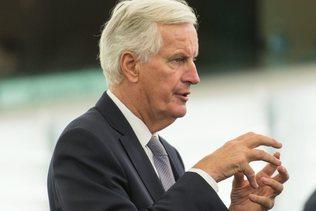 Le Français Michel Barnier endosse le costume de Monsieur Brexit