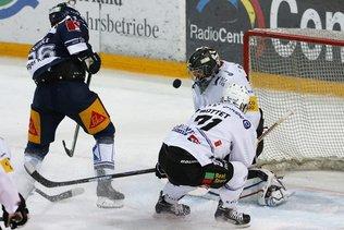 Zoug inflige une 6e défaite de suite à Gottéron