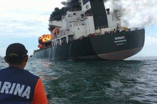 L'incendie d'un pétrolier dans le golfe du Mexique a été éteint