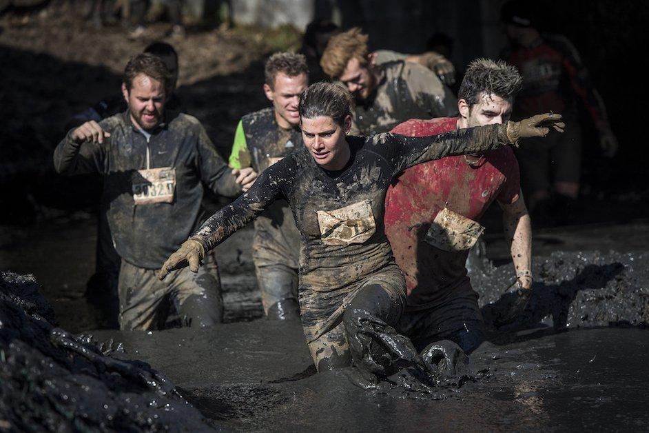 Le premier Mud Day de Suisse a eu lieu en Gruyère