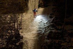 La cascade gelée du Gottéron attire les grimpeurs