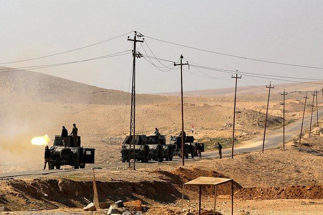 Assaut des forces irakiennes contre l'aéroport de Mossoul
