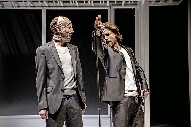 Le Moche dans la mise en scène de Nathalie Sandoz.  © Guillaume Perret