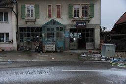 Deux blessés graves après une violente déflagration à Lugnorre