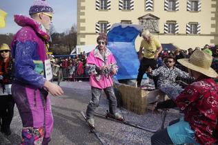 Le grand cortège du 49e Carnaval des Bolzes
