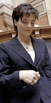 Elue au Conseil fédéral à 35ans, Ruth Metzler en a été exclue en décembre 2003.  © Keystone-archives