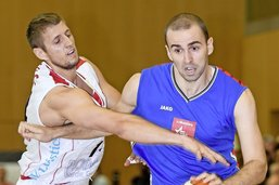 Kovac et Mladjan: duel de pistoleros