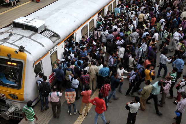 Un accident de train fait 23 morts et 64 blessés en Inde