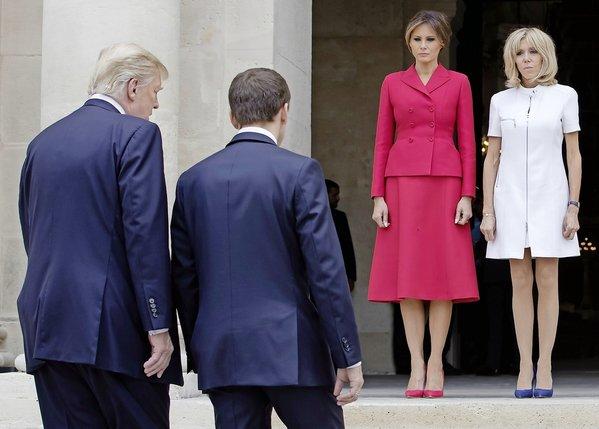 Les couples Trump et Macron ont joué les touristes en visitant hier Paris avant d'assister aujourd'hui au défilé du 14 juillet sur les Champs-Elysées.  © Keystone