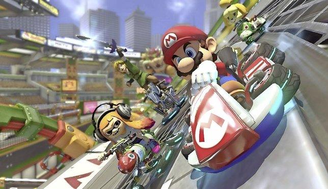 Le plombier moustachu est toujours en piste, cette fois avec 40 autres personnages et sur 48 circuits différents. Gare aux carapaces!  © Nintendo