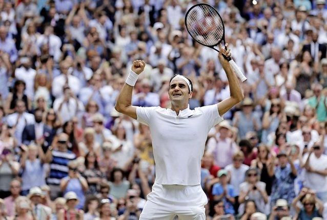 Roger Federer: «J'ai passé l'âge de tirer des plans sur la comète. Je prends une saison après l'autre, même si je me vois bien sûr jouer à Wimbledon l'année prochaine.»  © Keystone
