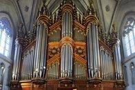 Une pause dans la cathédrale