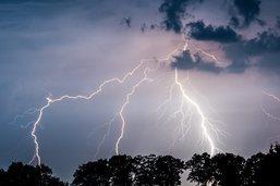 Violents orages en Suisse: cantons de Fribourg et Berne touchés