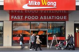 Le patron des restaurants Mike Wong veut sauver sa chaîne