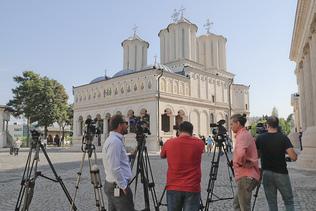 Un évêque roumain impliqué dans un scandale sexuel démissionne