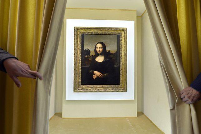Louvre: l'artiste poursuivie pour exhibition sexuelle a été relaxée