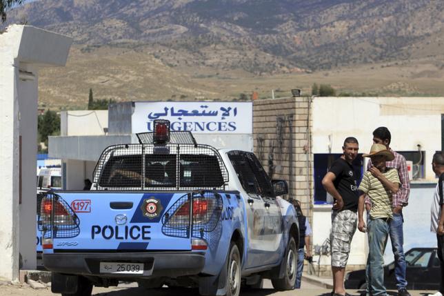 Couple condamné pour une embrassade dans une voiture à Tunis
