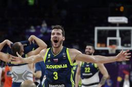 La Slovénie fait tomber l'Espagne de son trône