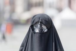 Le peuple devrait se prononcer sur l'interdiction de la burqa