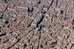 Mangiare e camminare a Bologna