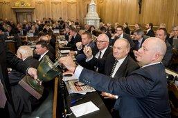Les députés fribourgeois s'octroient une augmentation