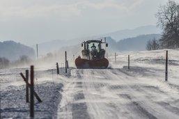 Bouchons et dégâts matériels dûs à la neige