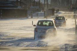 La neige perturbe le trafic sur les routes fribourgeoises