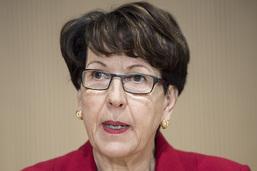 CarPostal: Susanne Ruoff reconnaît des erreurs mais exclut une démission