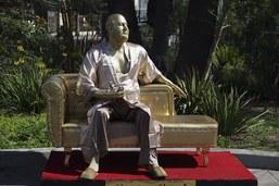 Une statue dénonçant Harvey Weinstein dévoilée à Hollywood