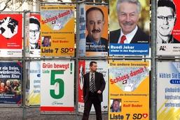 Schwyz introduit la transparence du financement des partis