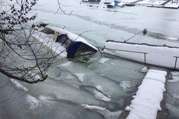 Une épave provoque une pollution dans le lac de Schiffenen