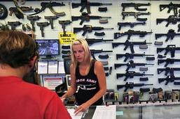 La Maison-Blanche veut aider les enseignants à se former aux armes