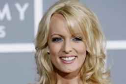 Une actrice porno veut rembourser le prix de son silence sur Trump