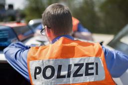L'A2 fermée après un accident de camion à Muttenz (BL)