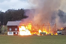 Aucun blessé lors de l'incendie d'une ferme à Granges-Marnand