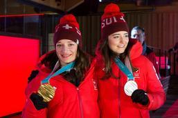 Sarah Hoefflin et Mathilde Gremaud fêtées à la Maison suisse