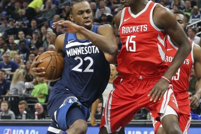 50 points en 12': les Rockets mettent le feu