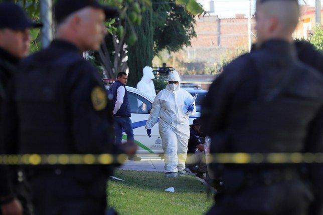 Mexique: trois étudiants tués, les corps dissous dans de l'acide