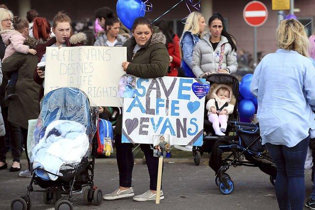 La justice britannique rejette un dernier recours des parents du petit Alfie