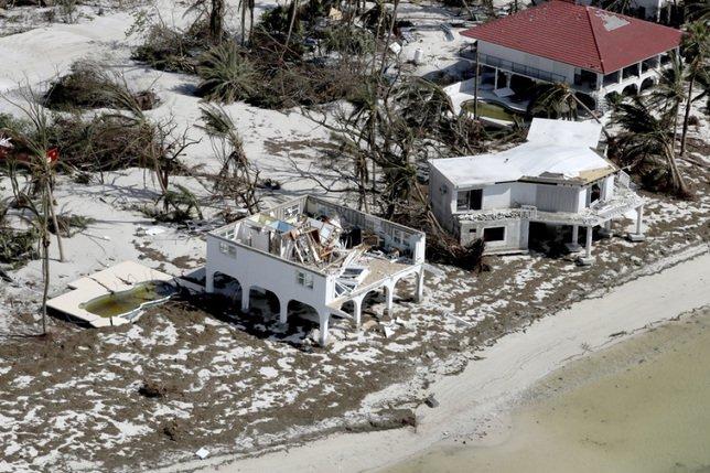 Après une année catastrophique, moins d'ouragans prévus en 2018
