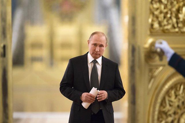 Vladimir Poutine a été confirmé dans ses fonctions au moins jusqu'en 2024 (archives) © KEYSTONE/AP POOL/ALEXANDER ZEMLIANICHENKO