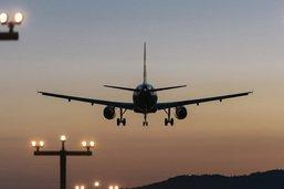 La cheffe du Département des transports interpellée sur le trafic aérien