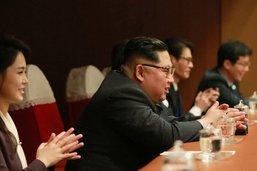 """Kim Jong Un évoque un """"dialogue"""" avec Washington (KCNA)"""