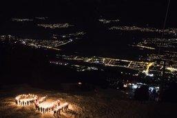 Descente aux flambeaux avec 1500 participants pour Sion 2026